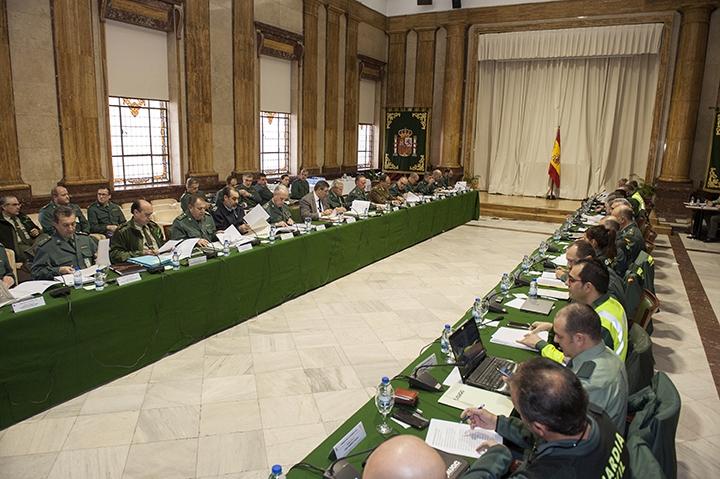 La Unión de Oficiales de la Guardia Civil pide una reunión urgente a Fernando Grande-Marlaska tras el cese de Pérez de los Cobos
